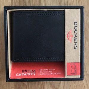 NWT Dockers Slimfold Wallet